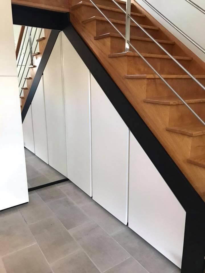 Meuble sous escalier  haut de gamme design et pratique