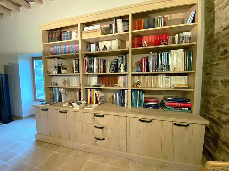 Meuble bibliothèque sur mesure à Carquefou