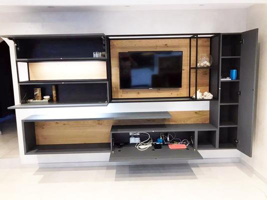Meuble tv sur mesure acier et bois
