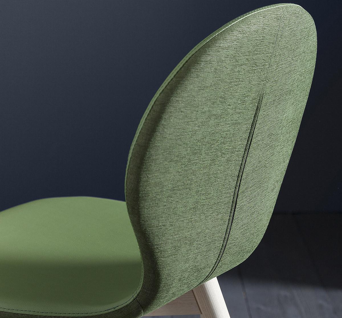 Finitions haut de gamme pour les chaises et tabourets Nina