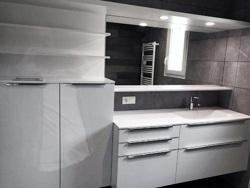 Salle-de-bain Laquée blanc mat Teillé