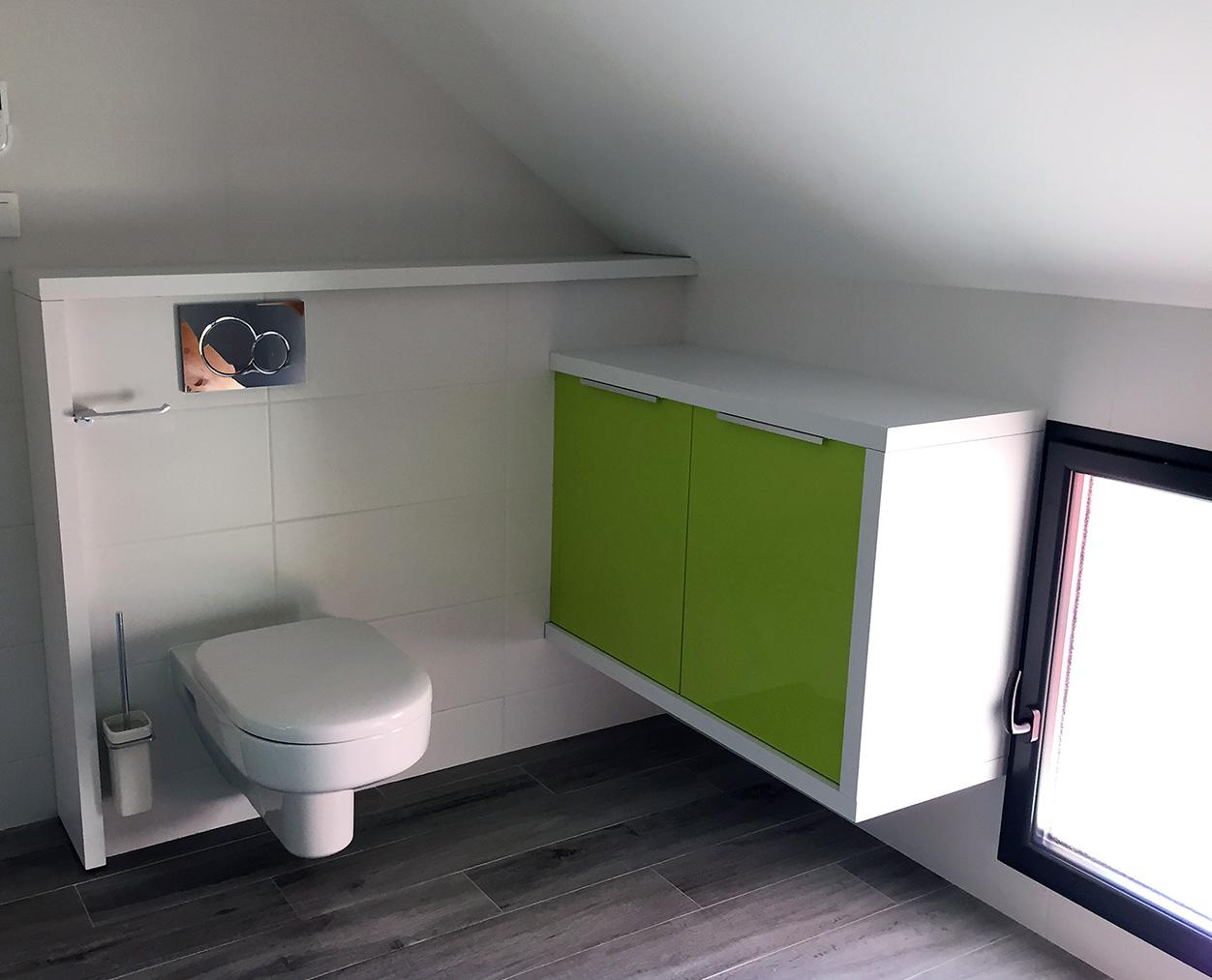 Toilettes dans les combles aménagés