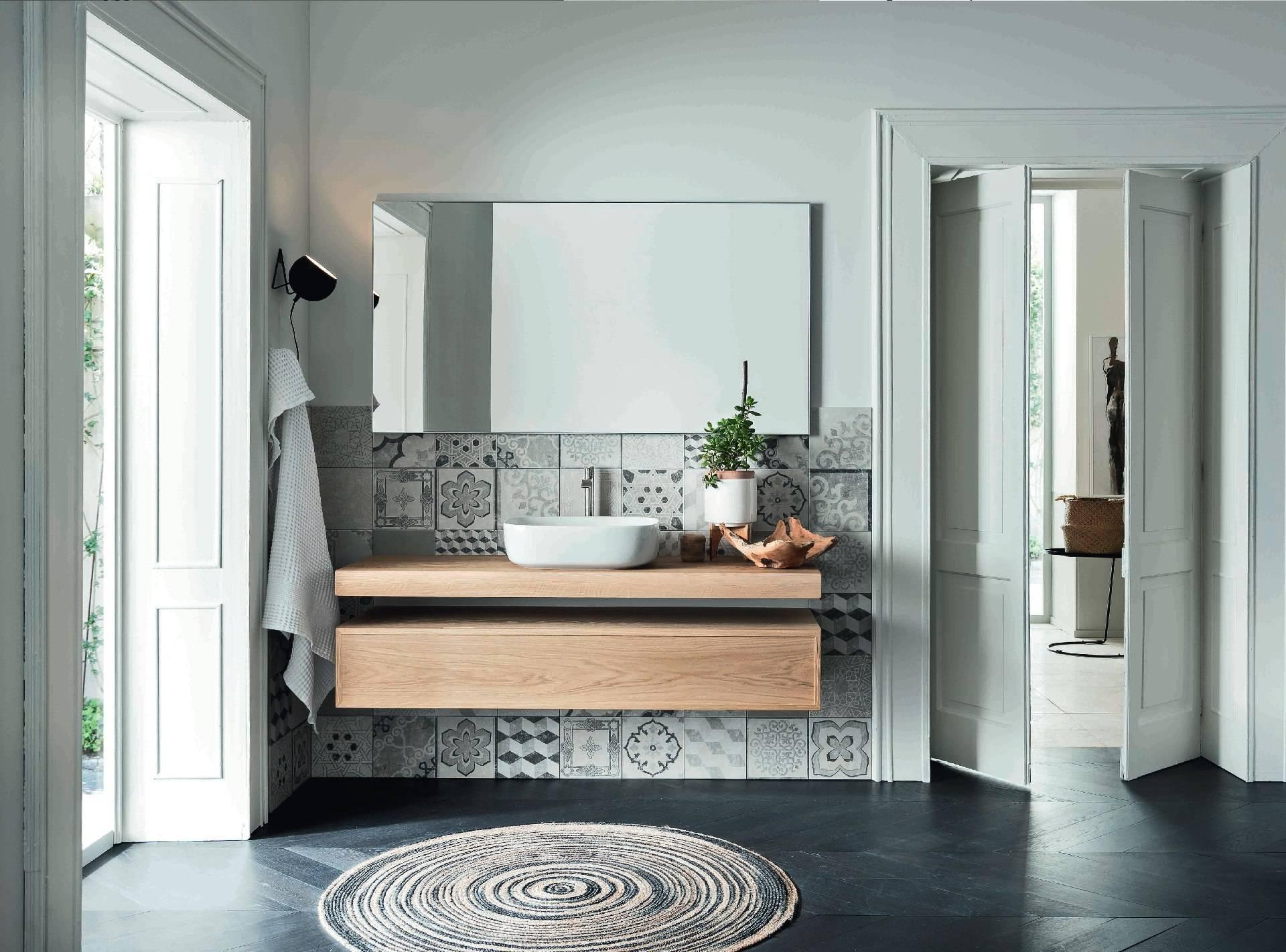 Salle de bain haut de gamme bois massif en version suedoise