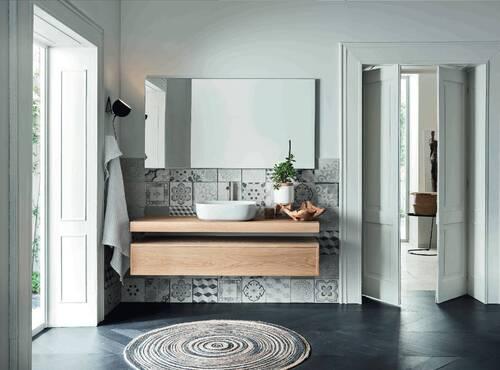 salle de bain bois brut