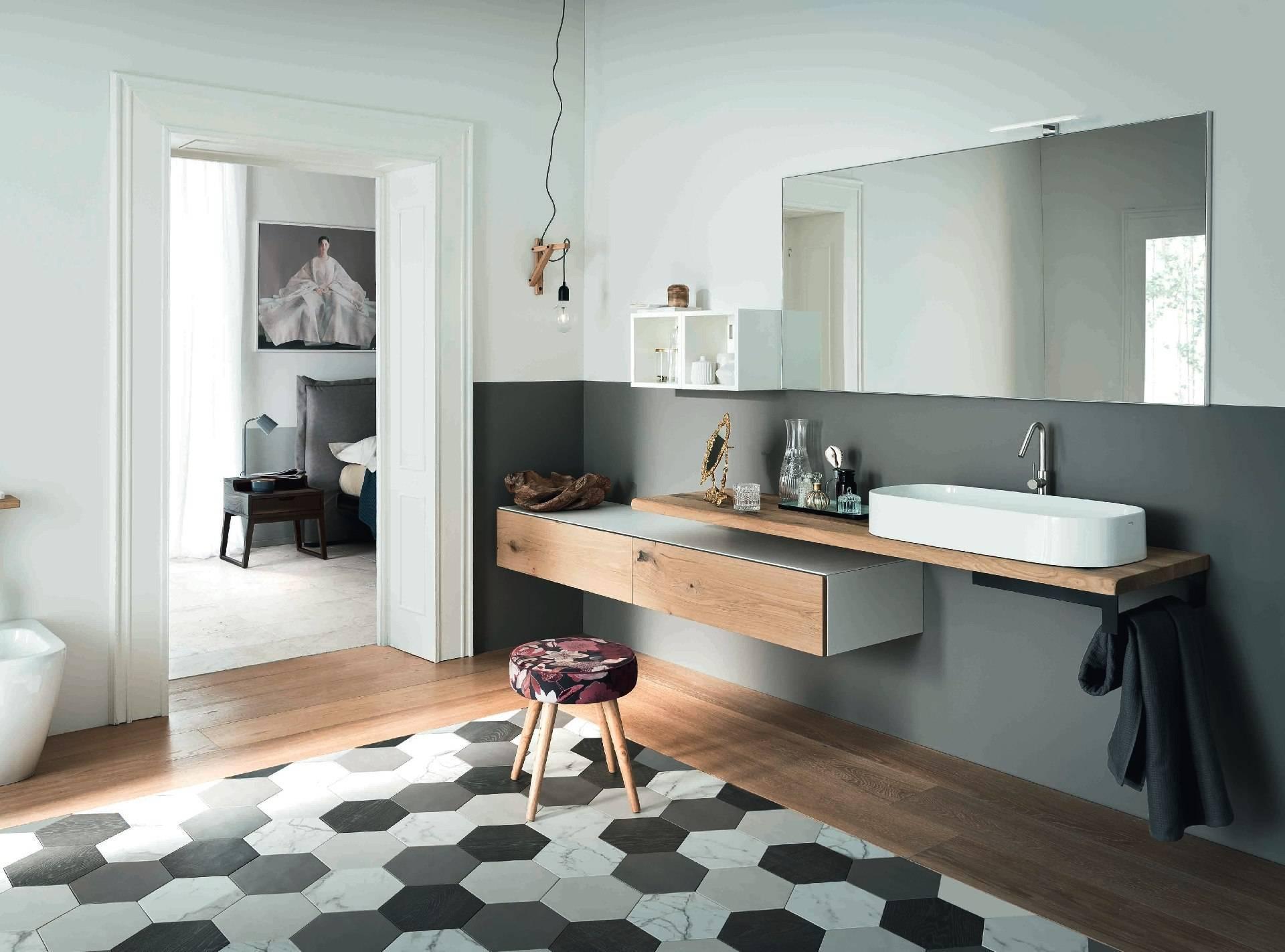 Meuble de salle de bain bois massif  avec tiroir décalé et grande vasque