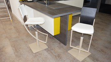 chaise haute design avec vérin haut de gamme