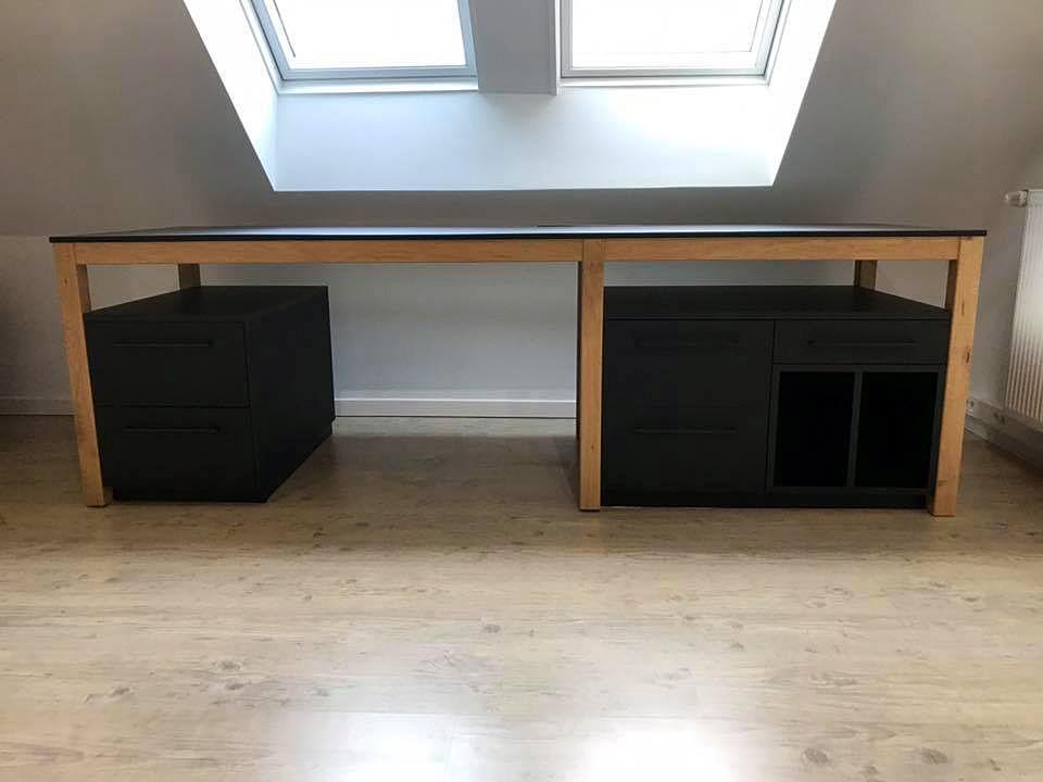 Grand bureau avec 6 pieds bois